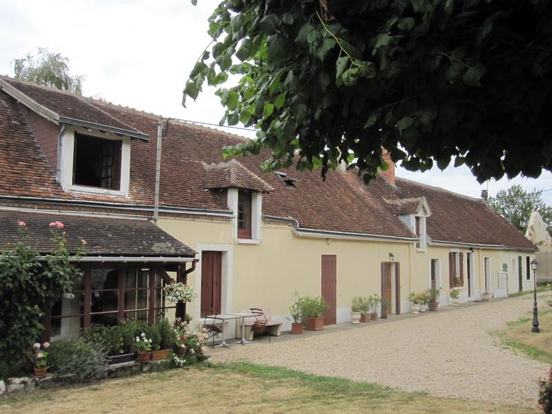 Vente longere chabris immobilier for Chambre de commerce varennes